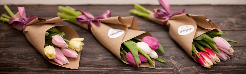 Цветы, к 8 марта корпоративные букеты